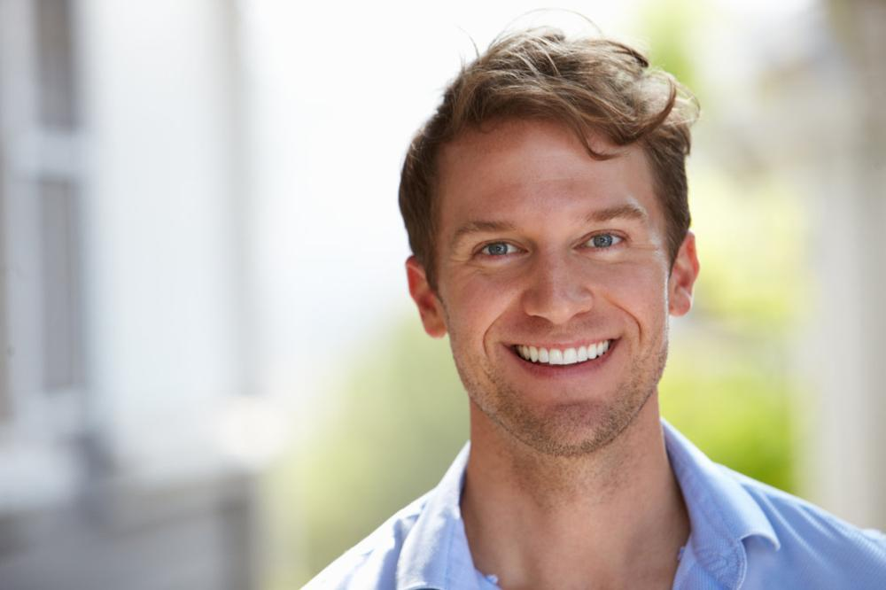 man with straight teeth | invisalign broomfield co