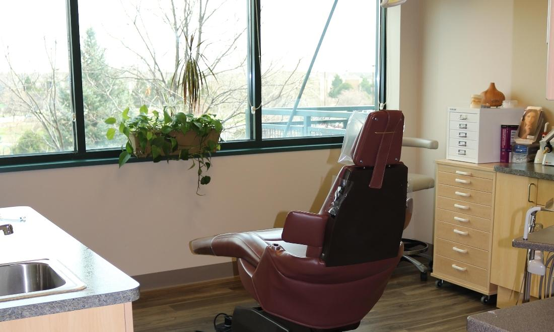 Treatment Room at Peak Dental Health in Broomfield CO